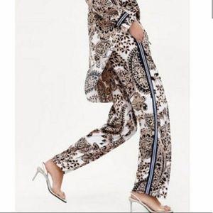 Zara mid rise paisley printed pants